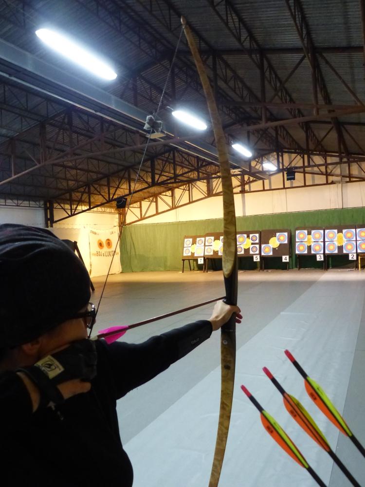 takto striela tretia z majstrovstiev sveta v 3D lukostrelbe z Moosburgu 2018 Monika Krasnanska z longbow